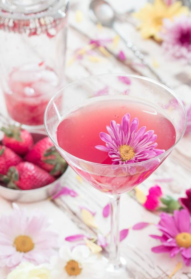 Strawberry & Jasmine Wine Cocktail