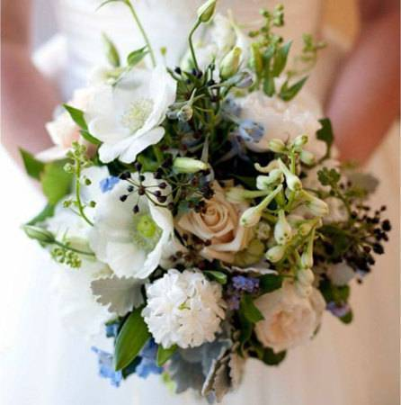 loose-bouquet-with-blue-delphinium-and-david-austin-roses
