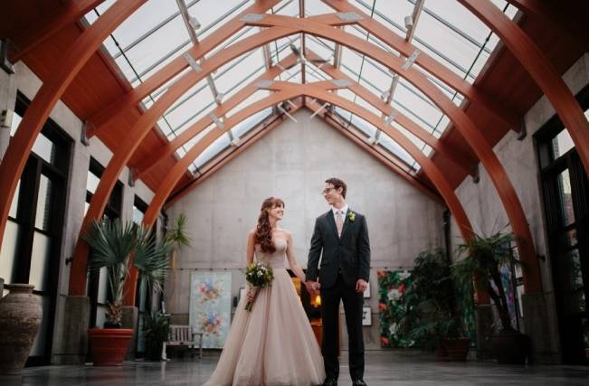 Modern Botanical Greenhouse Wedding {The Light + Color} 24
