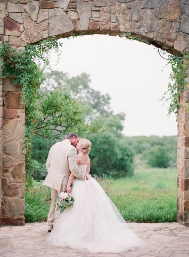 Organic Blush Wedding at The LBJ Wildflower Center in Austin, TX 12
