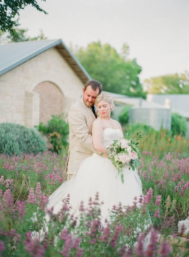 Organic Blush Wedding at The LBJ Wildflower Center in Austin, TX 17