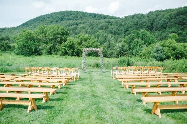 Romantic Vermont Wedding at West Monitor Barn - amy donohue photography 11