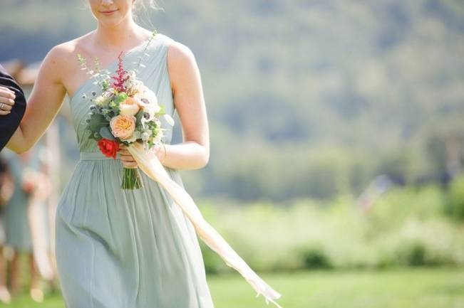 Romantic Vermont Wedding at West Monitor Barn - amy donohue photography 13