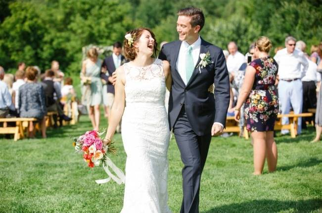 Romantic Vermont Wedding at West Monitor Barn - amy donohue photography 15