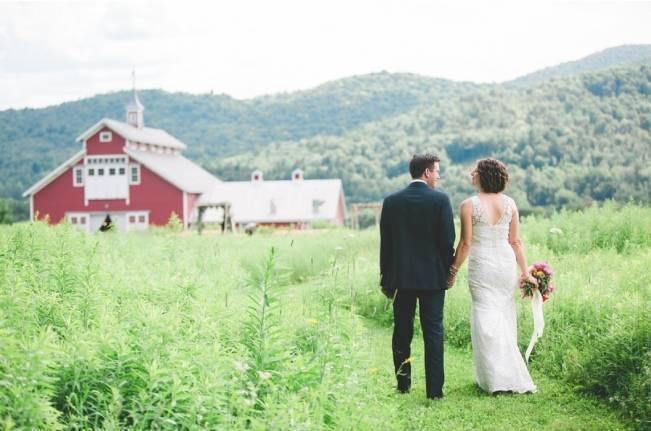 Romantic Vermont Wedding at West Monitor Barn - amy donohue photography 16