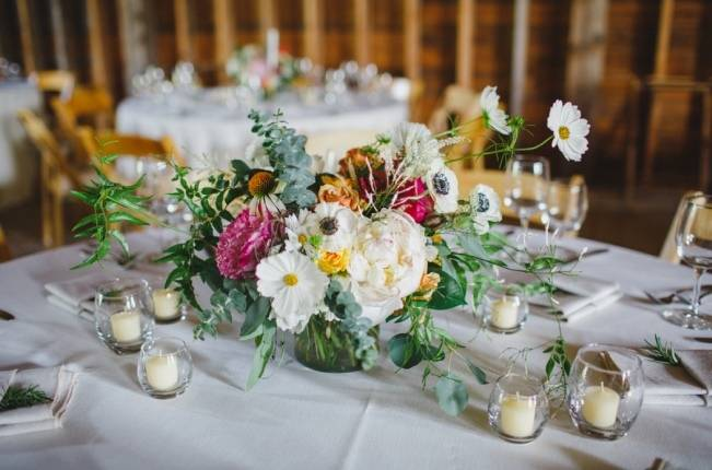 Romantic Vermont Wedding at West Monitor Barn - amy donohue photography 23