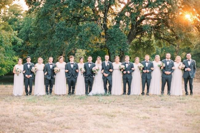 Rustic Chic Texas Barn Wedding - Stephanie Hunter Photography 13