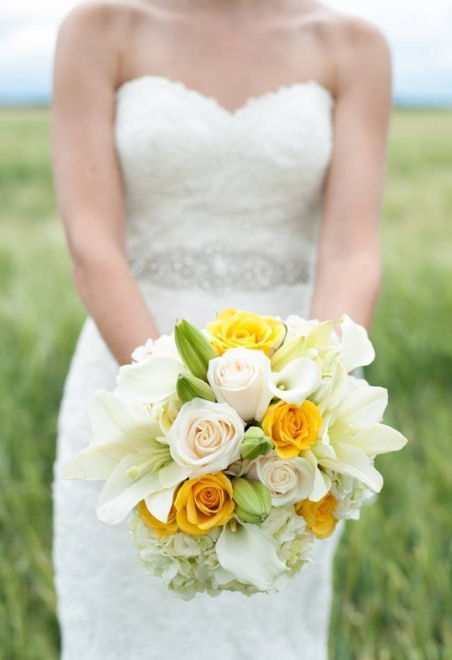 Yellow and Grey Prairie Wedding in Alberta, Canada 2