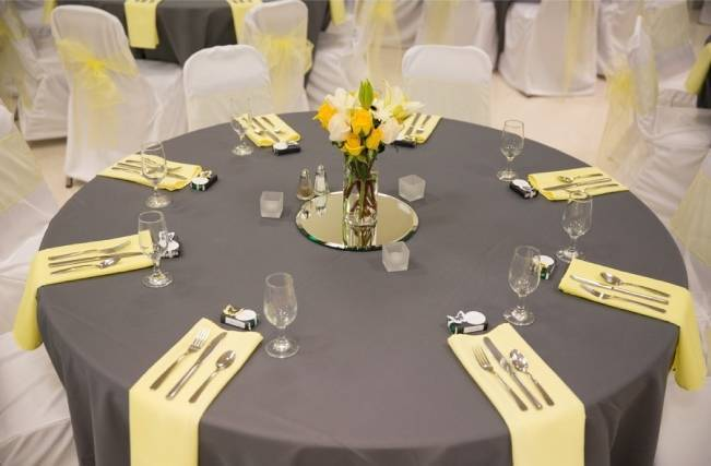 Yellow and Grey Prairie Wedding in Alberta, Canada 20