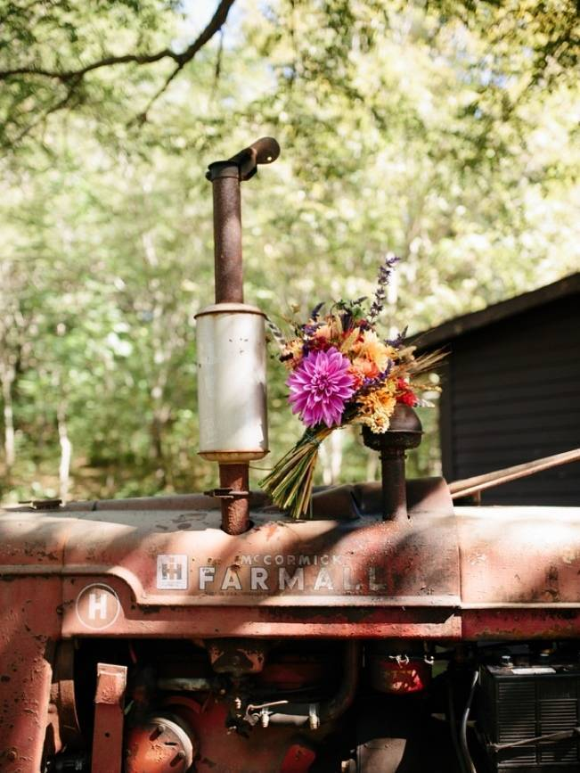 Folksy Supermoon Farm Wedding in Vermont 1