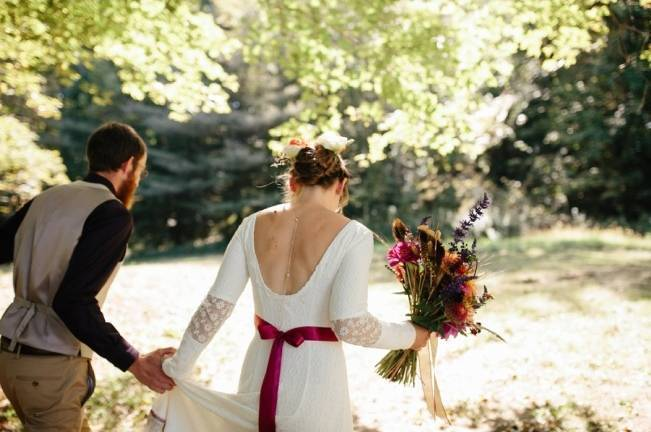 Folksy Supermoon Farm Wedding in Vermont 13