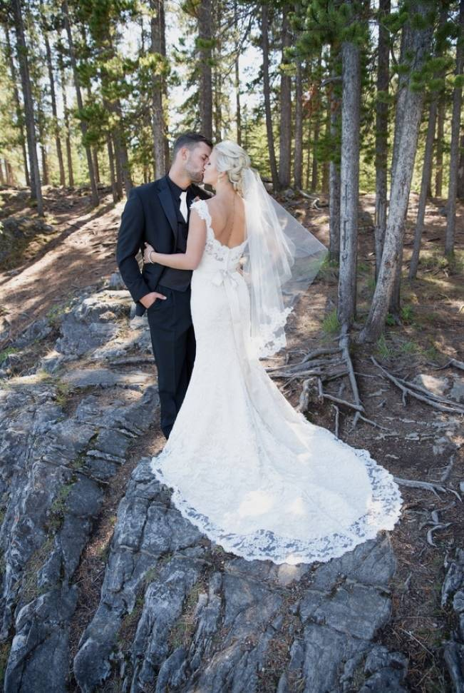 Plum & Nude Rustic Mountain Wedding – Melanie Bennett Photography 14
