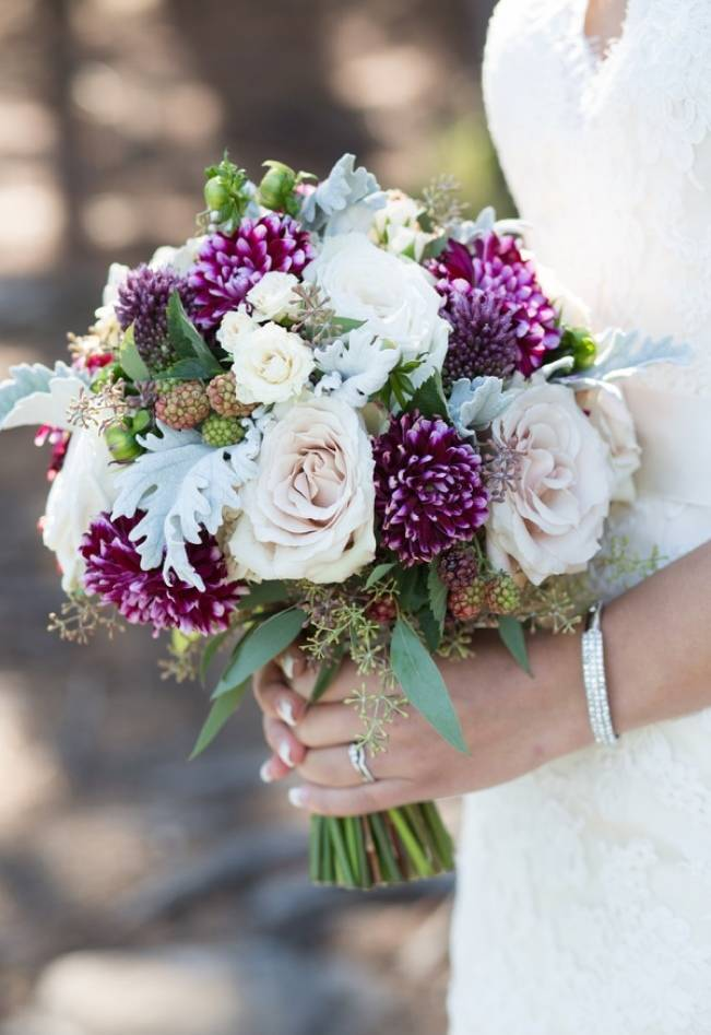 Plum & Nude Rustic Mountain Wedding – Melanie Bennett Photography 5