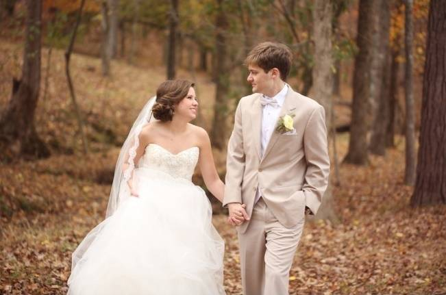 Rustic Mint + Taupe Alabama Barn Wedding 18