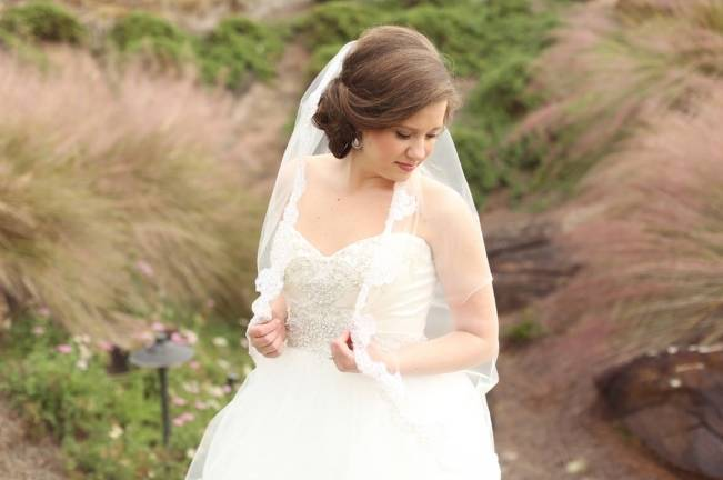 Rustic Mint + Taupe Alabama Barn Wedding 7