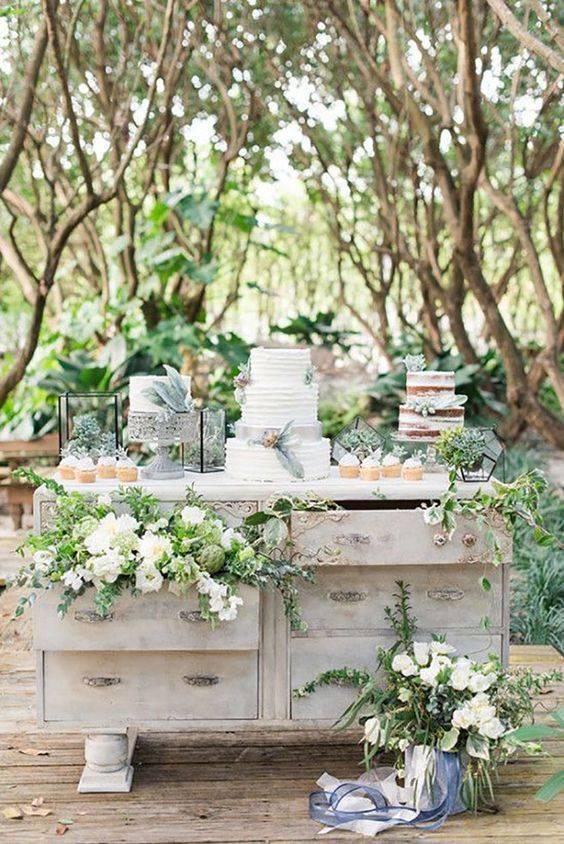 21 Stunning Outdoor Wedding Dessert Table Ideas | Sweet ...