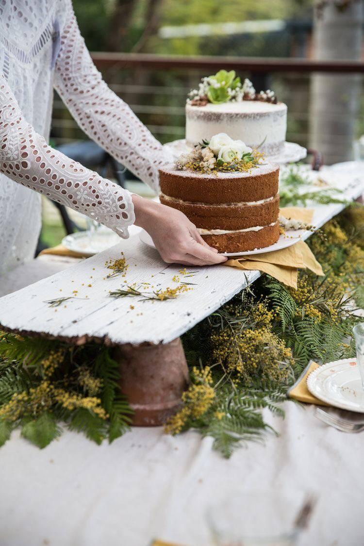 21 Stunning Outdoor Wedding Dessert Table Ideas Sweet