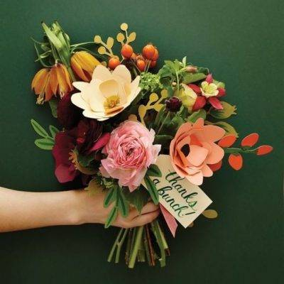 11 Ways to Use Paper Flowers in Your Wedding