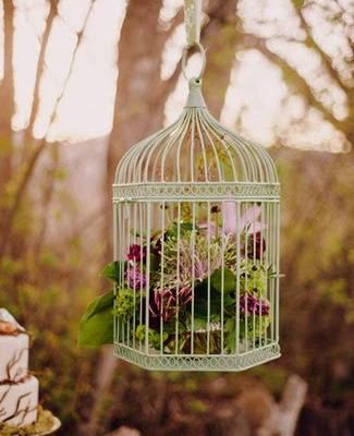 Love Birds Wedding Theme: Decor And DIY Bridesmaid Necklaces