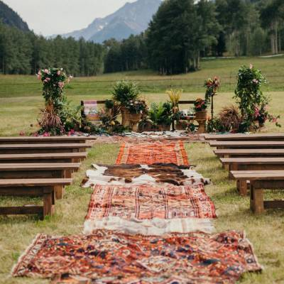 Use Oriental Rugs To Glam Up Your Outdoor Aisle