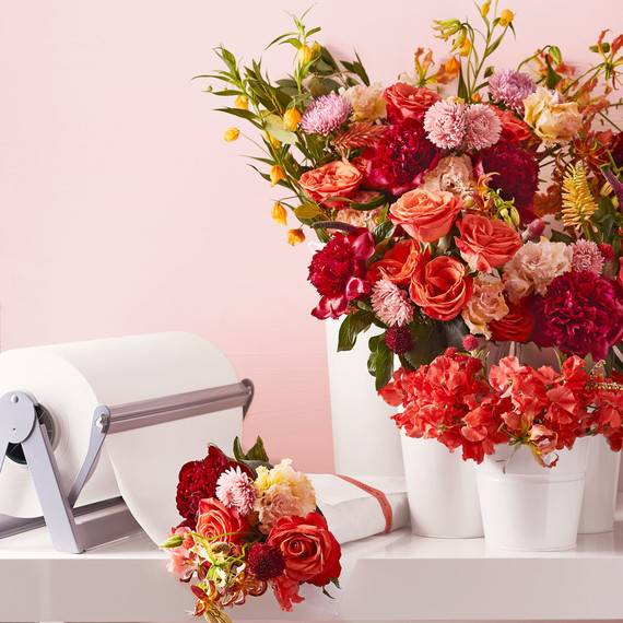 How Much Should I Budget For Flowers For My Wedding Day