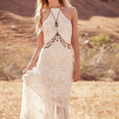 Gorgeous Gown Styles for the Hippy Boho Bride