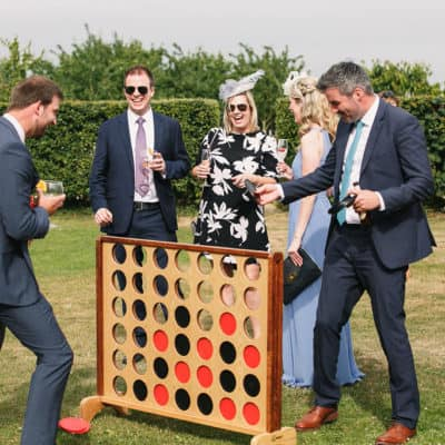 The best games and activities for your wedding guests in 2021
